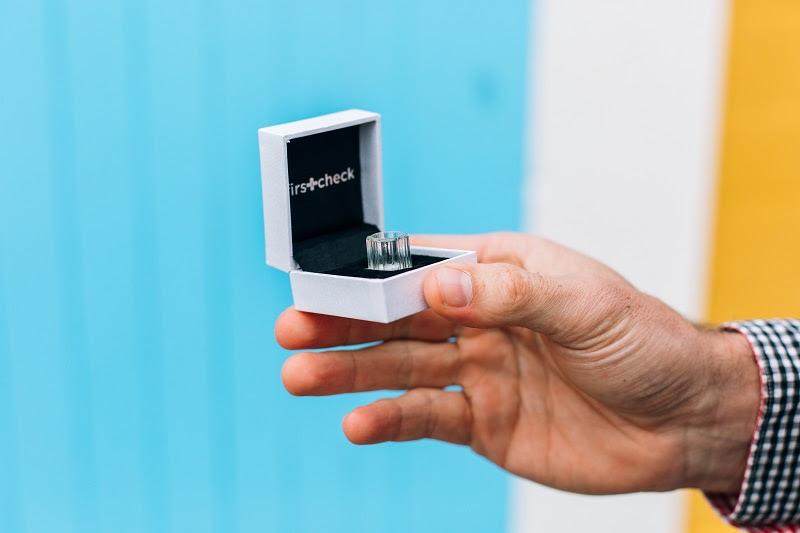 mobile phone camera magnifier FirstCheck SkinScope